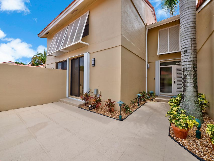 281 Old Meadow Way Palm Beach Gardens Fl 33418 Mls Rx 10342568 335 000 Palm Beach Gardens