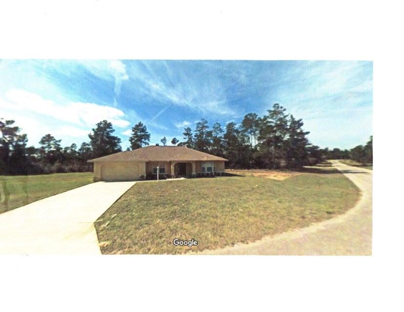 独户住宅 为 销售 在 16688 SW 43rd Terrace Road 奥拉卡, 佛罗里达州 34473 美国