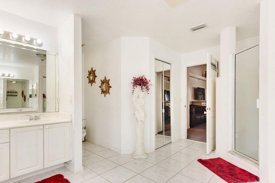 11512 Sunset Boulevard Royal Palm Beach, FL 33411 small photo 17