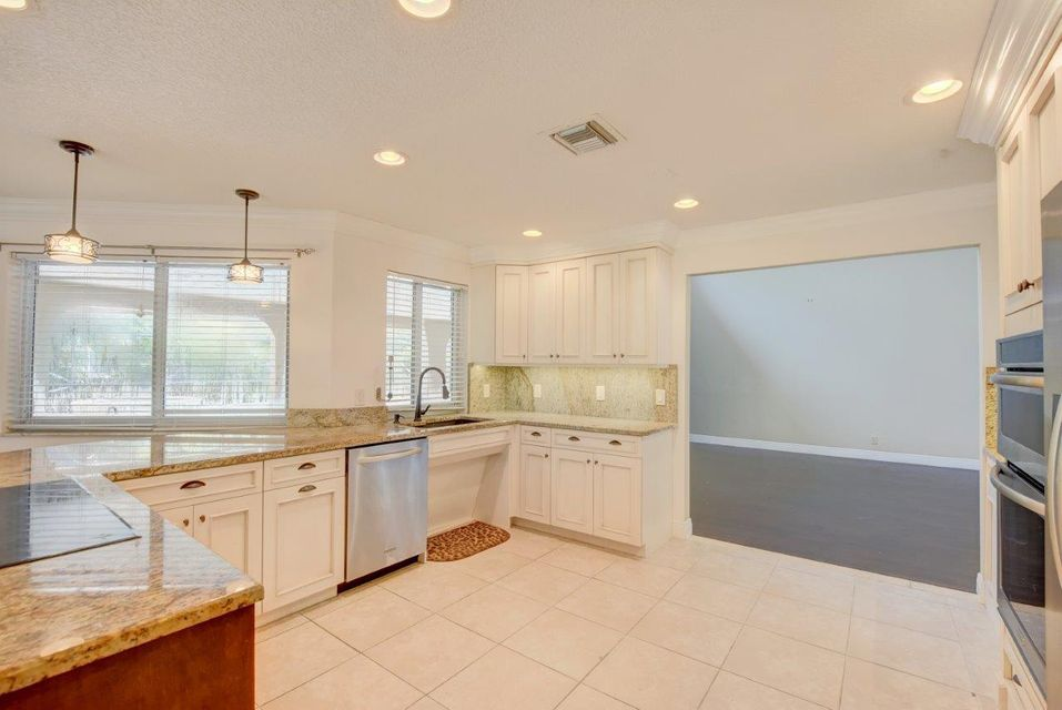 Additional photo for property listing at 5526 NW 77th Terrace  Coral Springs, Florida 33067 États-Unis