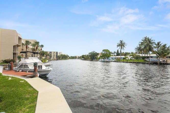 21 Royal Palm Way Unit 303-small-019-12-