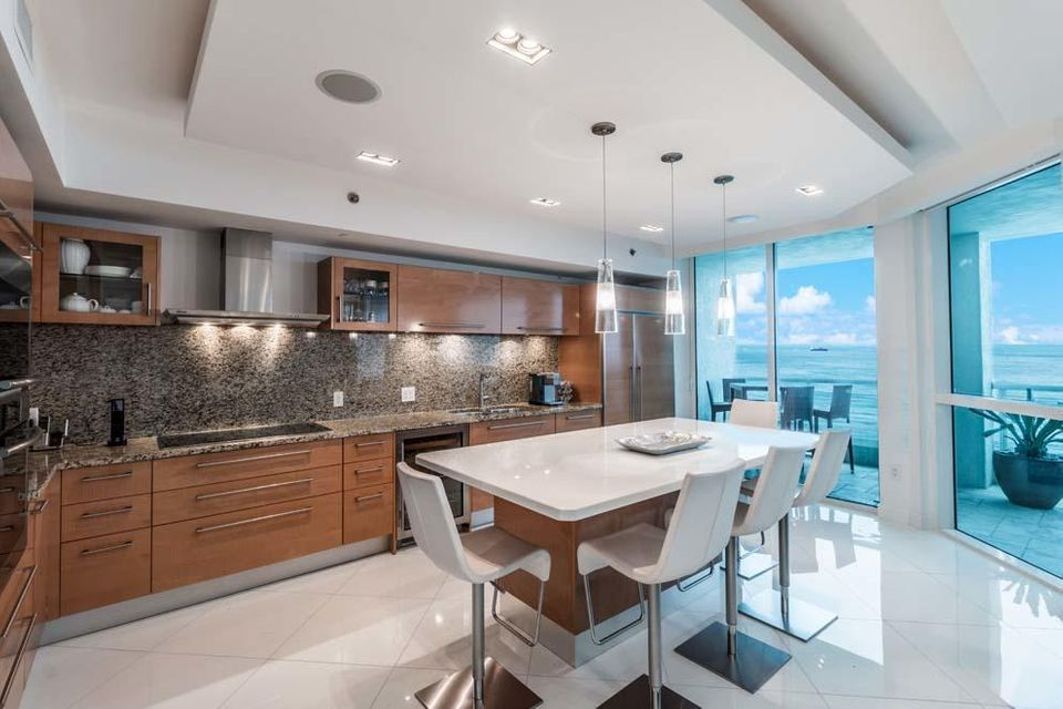 101 S Fort Lauderdale Beach Boulevard 1903, Fort Lauderdale FL 33316 is listed for sale as MLS Listing RX-10342611 photo #6