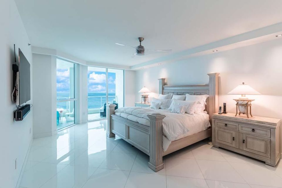 101 S Fort Lauderdale Beach Boulevard 1903, Fort Lauderdale FL 33316 is listed for sale as MLS Listing RX-10342611 photo #10