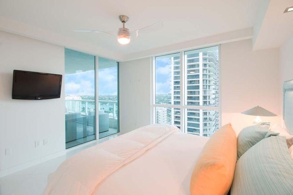 101 S Fort Lauderdale Beach Boulevard 1903, Fort Lauderdale FL 33316 is listed for sale as MLS Listing RX-10342611 photo #14