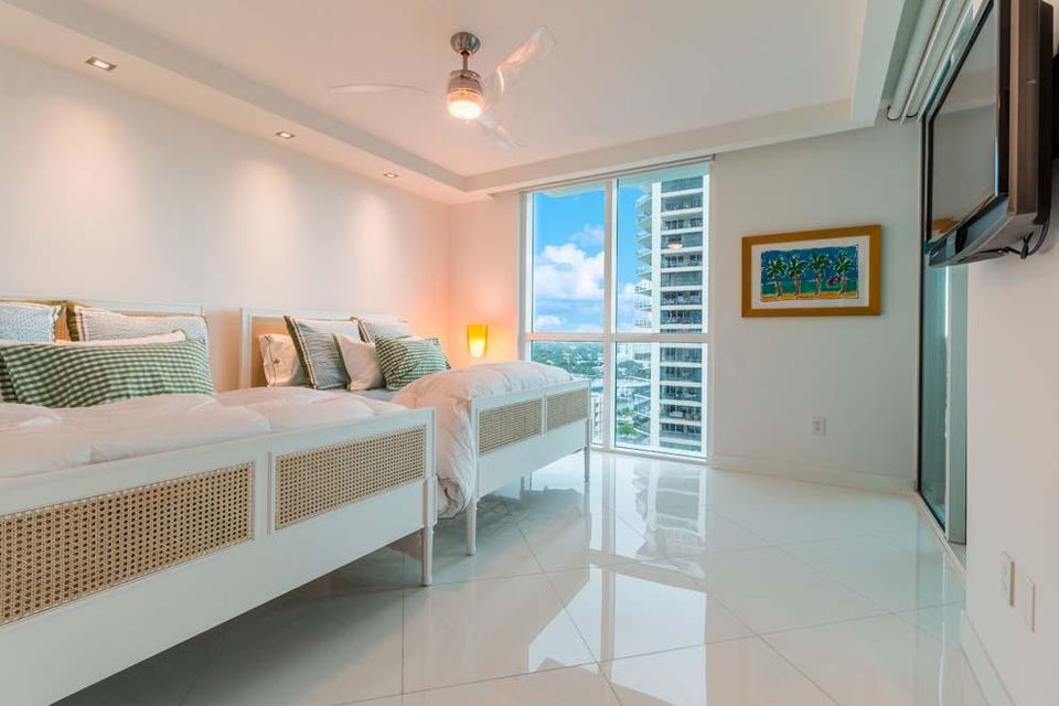 101 S Fort Lauderdale Beach Boulevard 1903, Fort Lauderdale FL 33316 is listed for sale as MLS Listing RX-10342611 photo #17