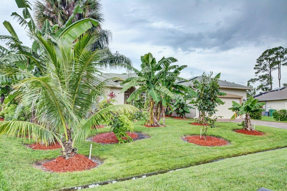 Additional photo for property listing at 2257 SW Crocus Lane  Port St. Lucie, Florida 34953 United States