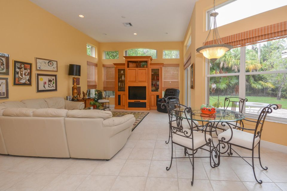 Family Room  Is Open To The Kitchen