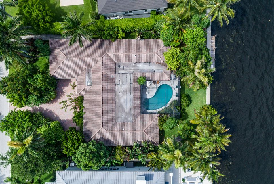 1160  Royal Palm Way , Boca Raton FL 33432 is listed for sale as MLS Listing RX-10342785 photo #2