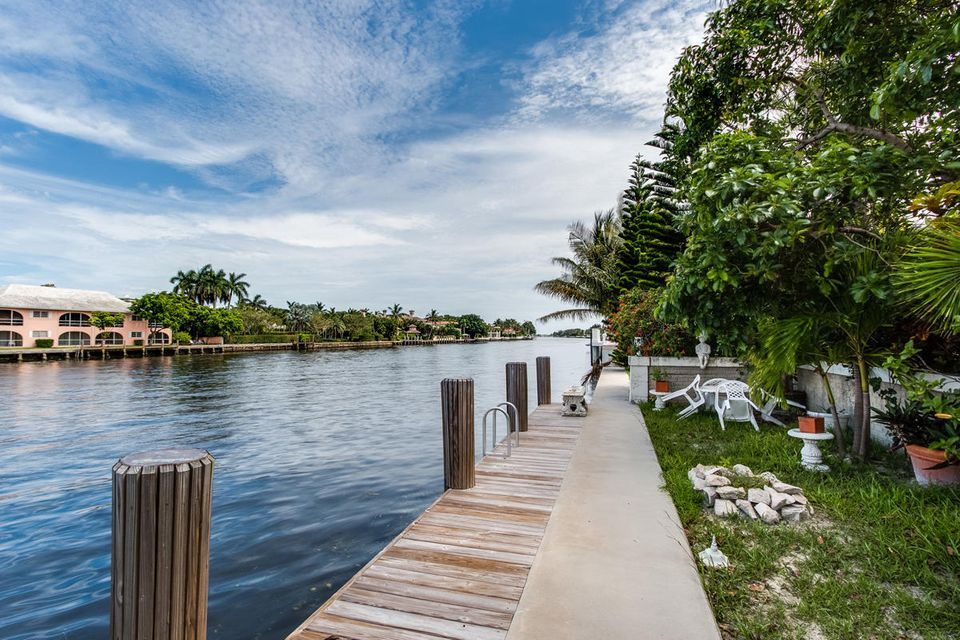 1160  Royal Palm Way , Boca Raton FL 33432 is listed for sale as MLS Listing RX-10342785 photo #8