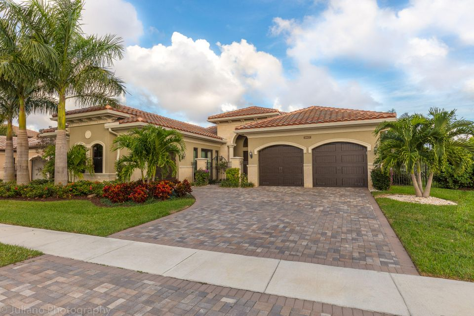 16622 Chesapeake Bay Court, Delray Beach, FL 33446