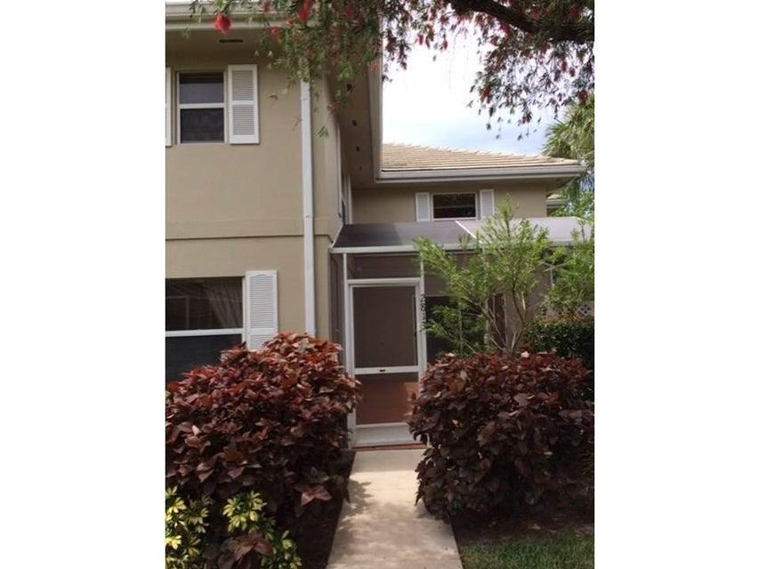 2813 SW Lakemont Place, Palm City, FL 34990