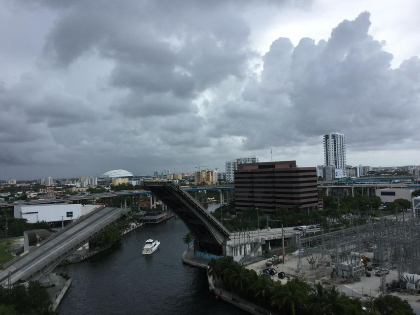 690 SW 1st Court 1505, Miami, FL 33130