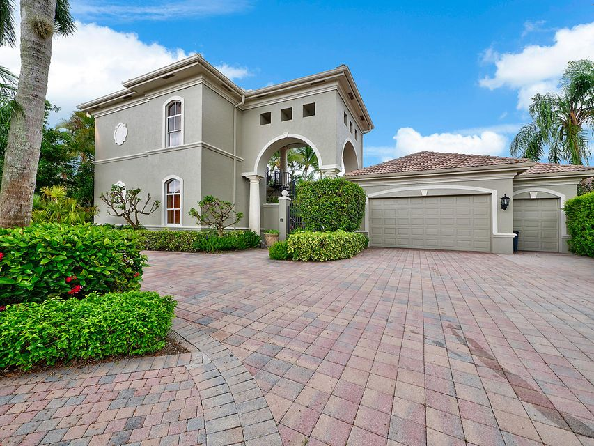 New Home for sale at 124 Vintage Isle Lane in Palm Beach Gardens