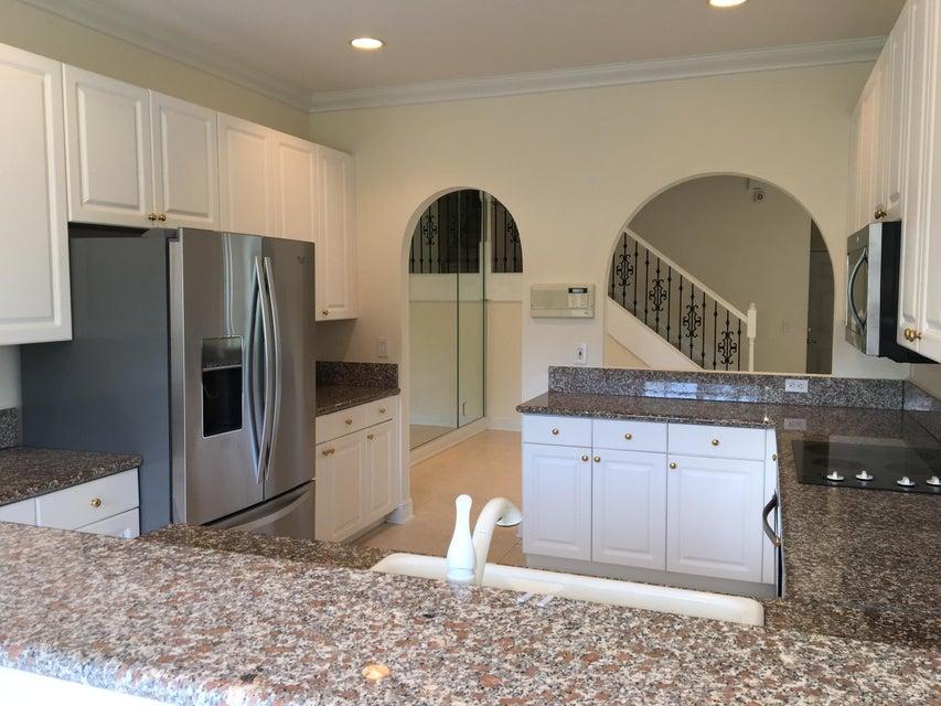 Additional photo for property listing at 195 Las Brisas Circle 195 Las Brisas Circle Hypoluxo, Florida 33462 United States