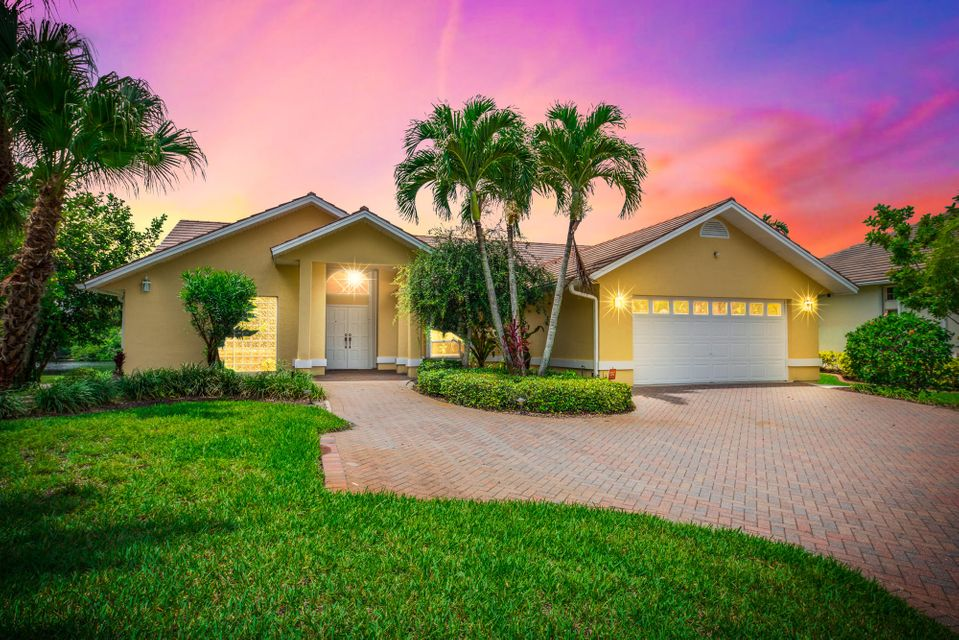Additional photo for property listing at 2682 SE Erickson Drive 2682 SE Erickson Drive Port St. Lucie, Florida 34984 Estados Unidos