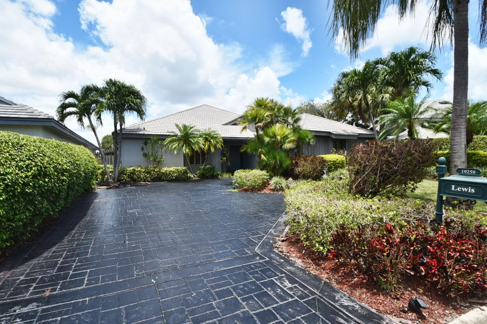 House for Sale at 19259 Chapel Creek Drive 19259 Chapel Creek Drive Boca Raton, Florida 33434 United States