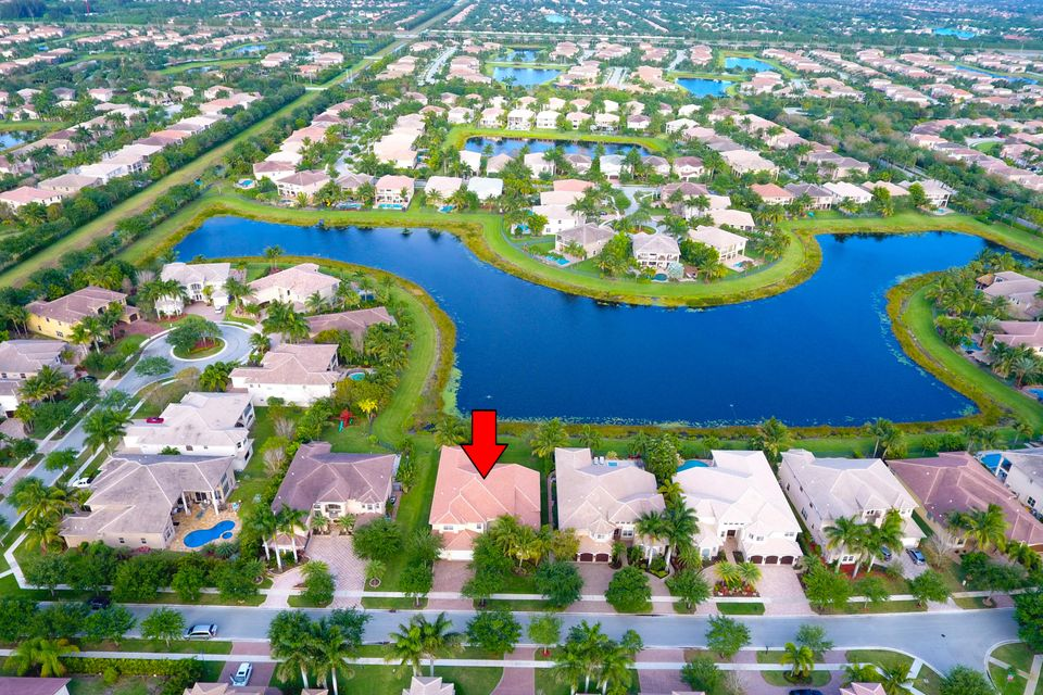 واحد منزل الأسرة للـ Sale في 11086 Stonewood Forest Trail Boynton Beach, Florida 33473 United States