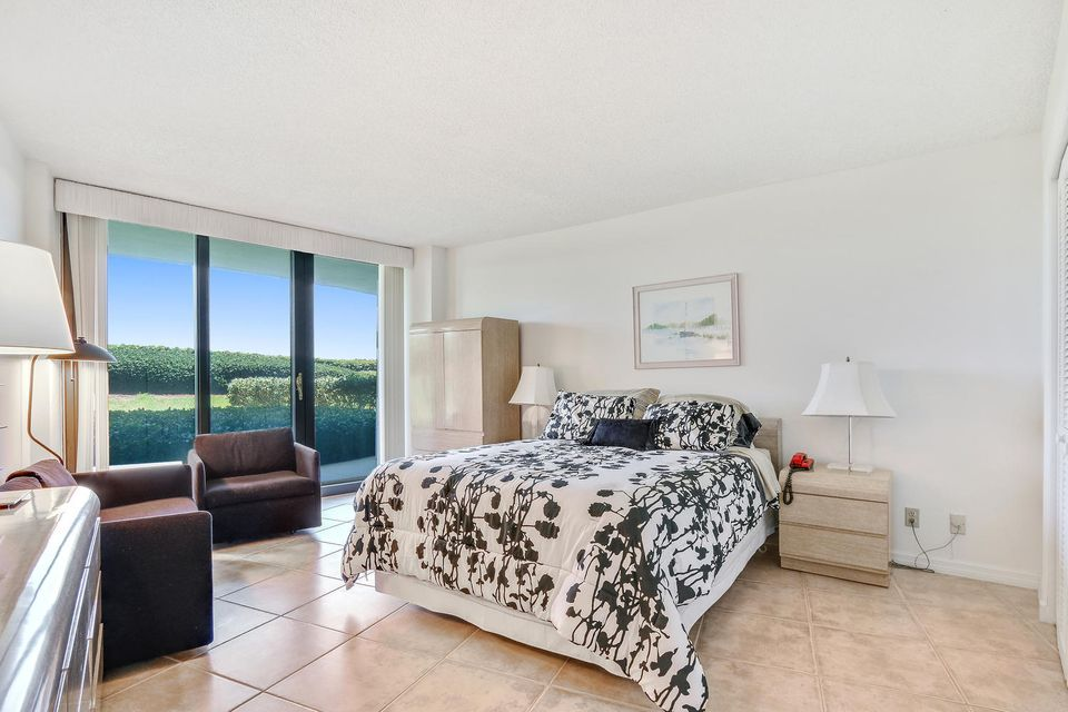 Additional photo for property listing at 3360 S S Ocean Blvd 3360 S S Ocean Blvd Palm Beach, Florida 33480 Estados Unidos