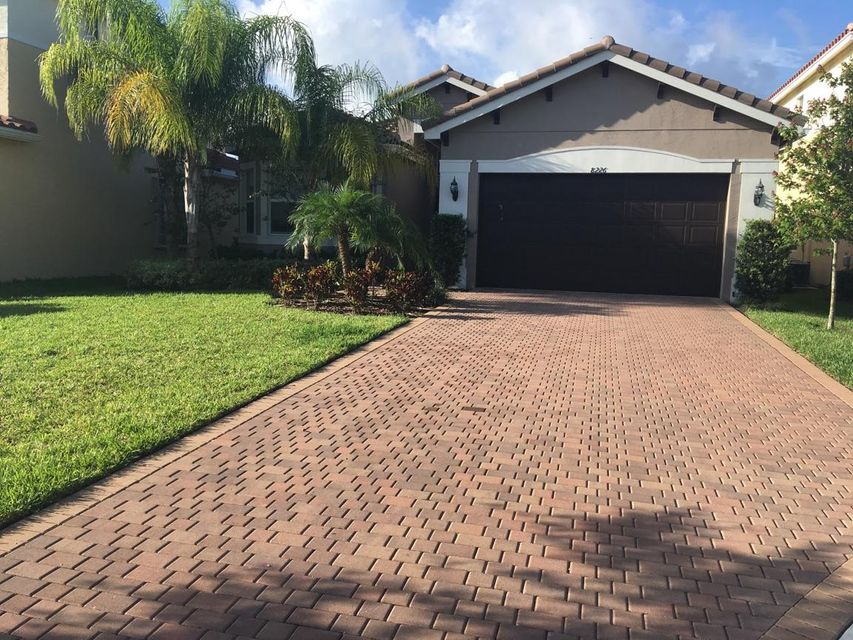 8226 Fiera Ridge Drive, Boynton Beach, FL 33473