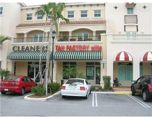 Additional photo for property listing at 1605 Renaissance Commons Boulevard N 1605 Renaissance Commons Boulevard N Boynton Beach, Florida 33426 United States