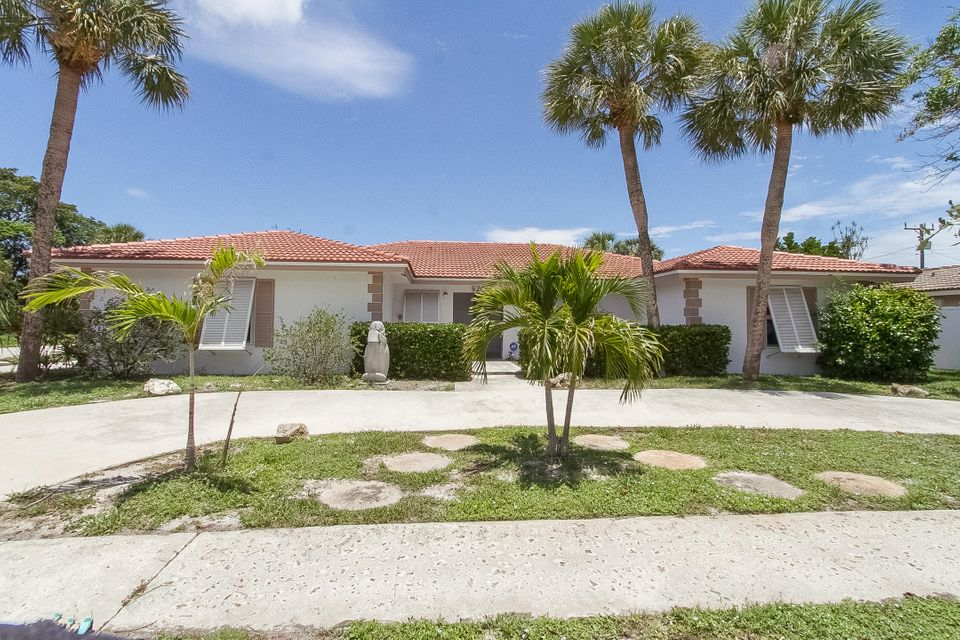 Single Family Home for Sale at 920 SW 2nd Street 920 SW 2nd Street Boca Raton, Florida 33486 United States