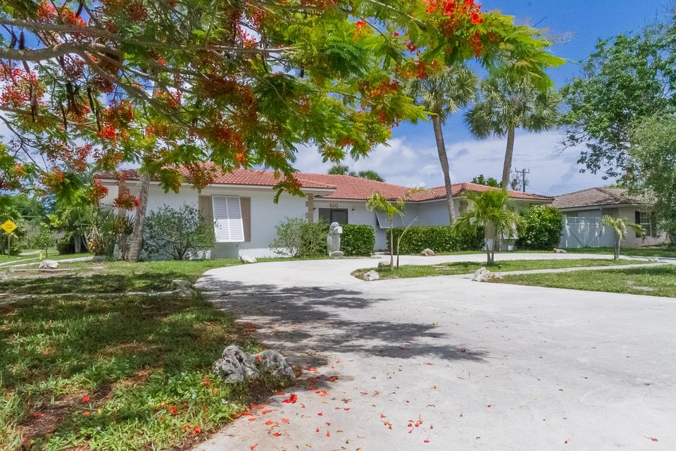 Additional photo for property listing at 920 SW 2nd Street 920 SW 2nd Street Boca Raton, Florida 33486 United States