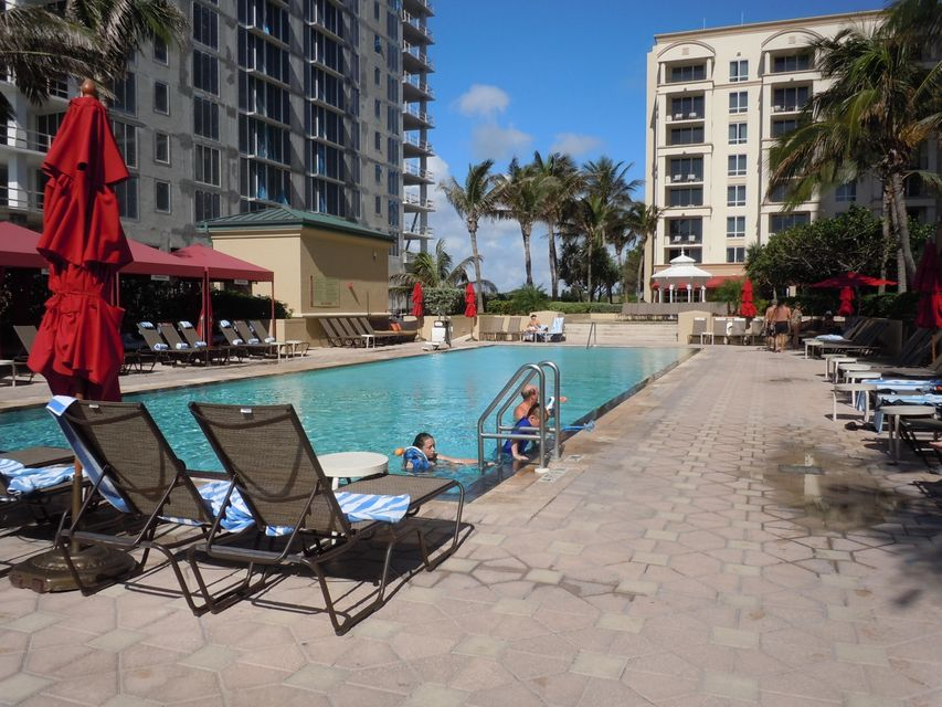 Additional photo for property listing at 3800 N Ocean Drive N 3800 N Ocean Drive N Singer Island, Florida 33404 Estados Unidos