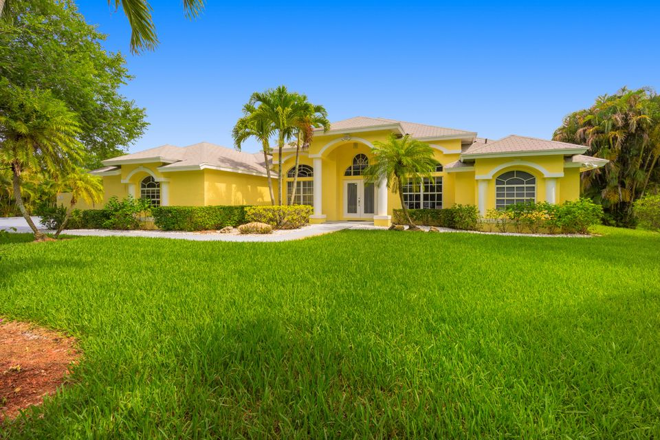 PALM BEACH COUNTRY ESTATES HOMES