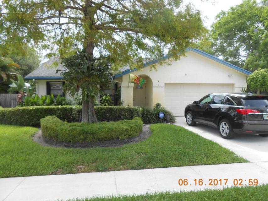 130 Parkwood Drive  Royal Palm Beach, FL 33411