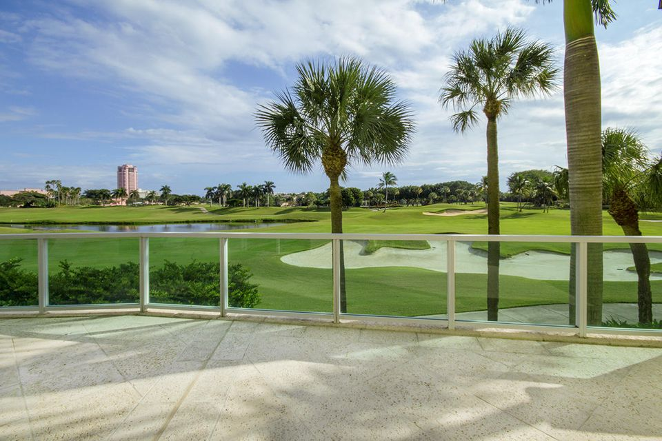 Additional photo for property listing at 550 SE Mizner Boulevard 550 SE Mizner Boulevard Boca Raton, Florida 33432 Estados Unidos