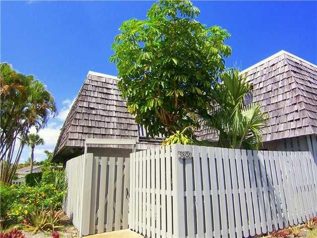 Townhouse for Sale at 3806 Jefferson Street Stuart, Florida 34997 United States