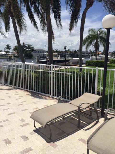 Additional photo for property listing at 3912 S Ocean Boulevard 3912 S Ocean Boulevard Highland Beach, Florida 33487 Estados Unidos