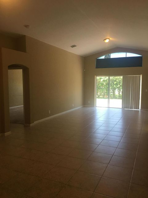 Additional photo for property listing at 5182 Victoria Circle  West Palm Beach, Florida 33409 Estados Unidos