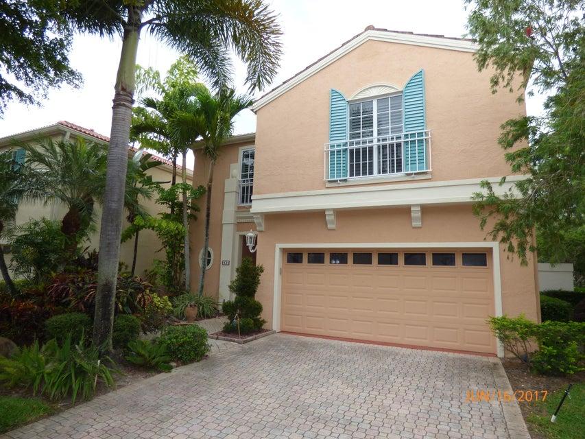 54 Via Verona - Palm Beach Gardens, Florida | Douglas Elliman