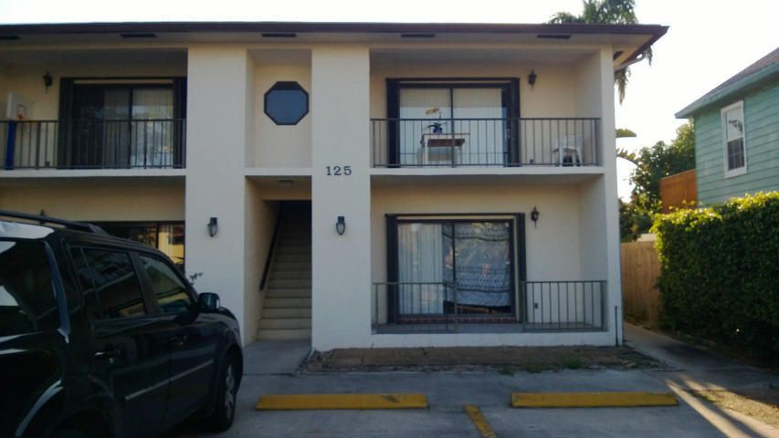 Co-op / Condominio por un Venta en 125 S Palmway Lake Worth, Florida 33460 Estados Unidos