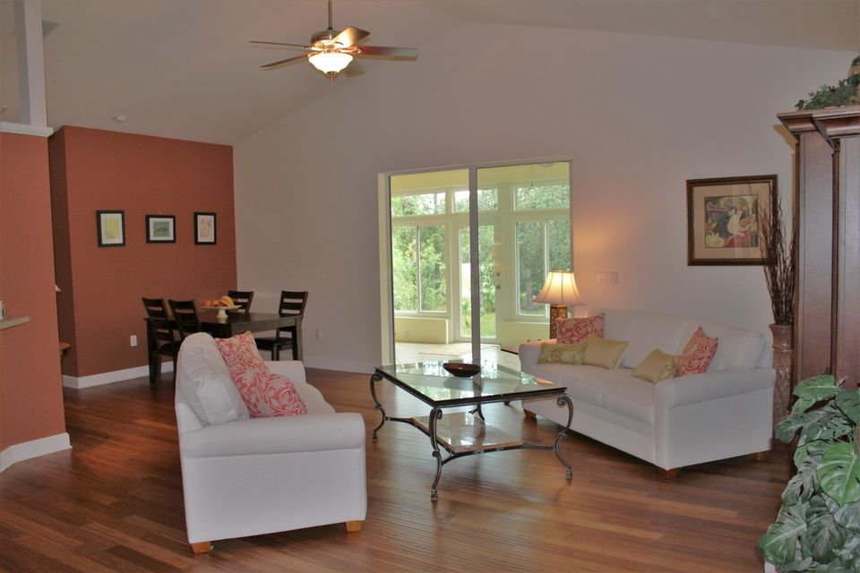 Additional photo for property listing at 30 Linder Street  Homosassa, Florida 34446 Vereinigte Staaten