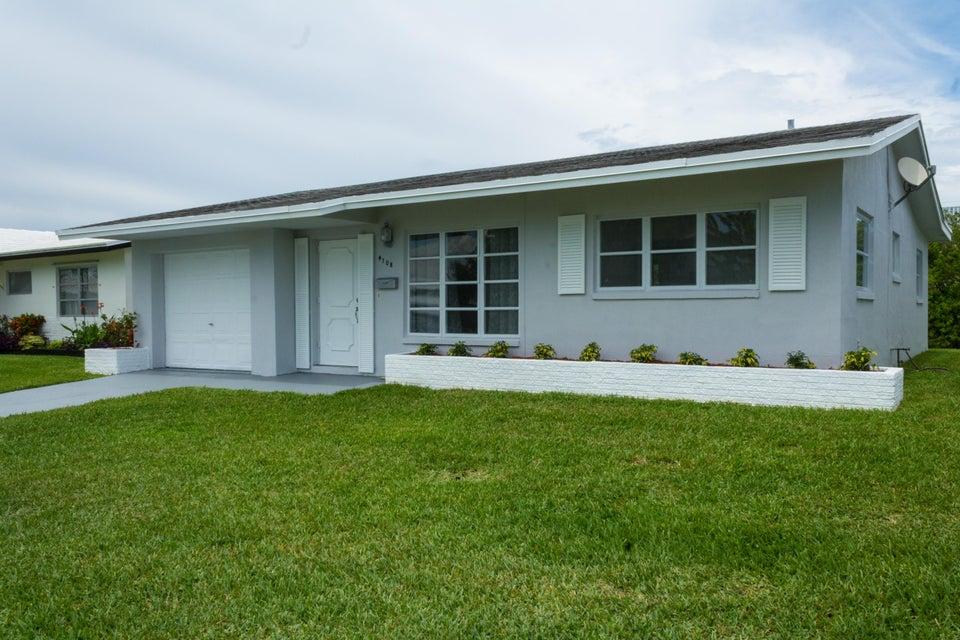 4708 NW 41st Avenue, Lauderdale Lakes, FL 33319