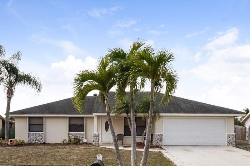 308 La Mancha Avenue, Royal Palm Beach, FL 33411