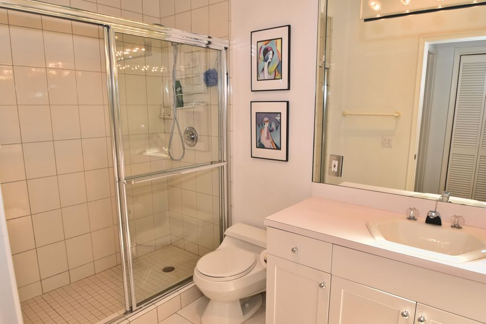 Additional photo for property listing at 3860 Live Oak Boulevard  Delray Beach, Florida 33445 Vereinigte Staaten