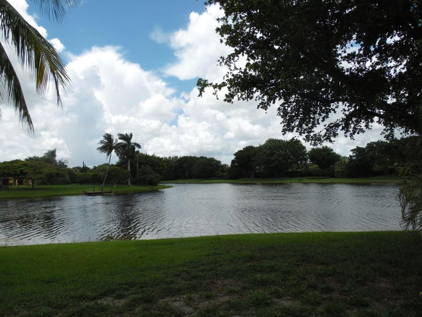 Additional photo for property listing at 18121 Daybreak Drive  Boca Raton, Florida 33496 United States