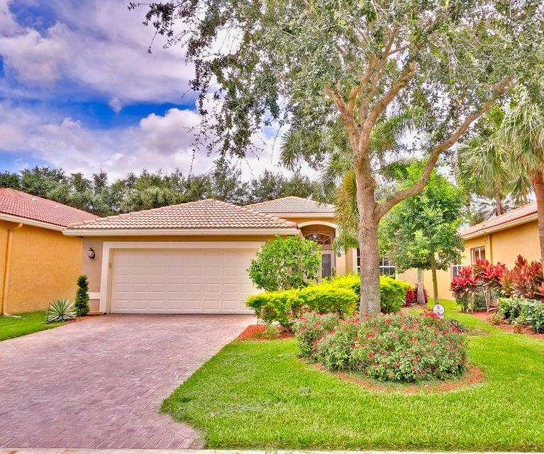 7468 Twin Falls Drive, Boynton Beach, FL 33437