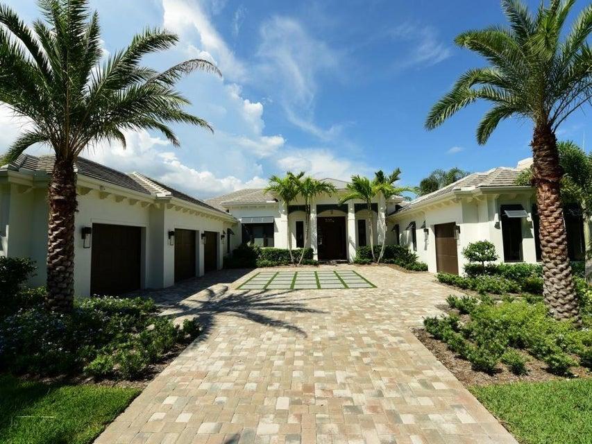 Einfamilienhaus für Verkauf beim 370 W Riverside Drive Tequesta, Florida 33469 Vereinigte Staaten