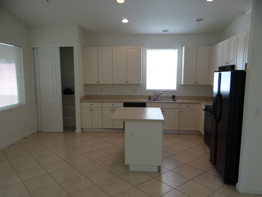 Additional photo for property listing at 9542 Sandpiper Lane  West Palm Beach, Florida 33411 United States