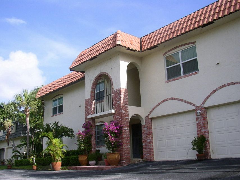 1015 Russell Drive D, Highland Beach, FL 33487