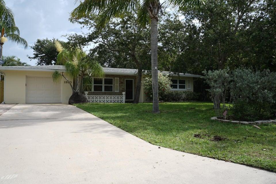 1920 Cypress Avenue, Fort Pierce, FL 34949