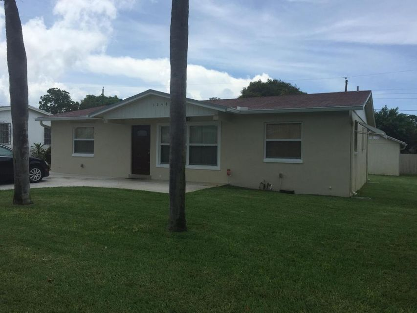 Single Family Home for Sale at 1248 W 31 Street Riviera Beach, Florida 33404 United States