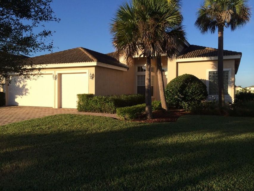 1915 Spotted Owl Drive SW, Vero Beach, FL 32962
