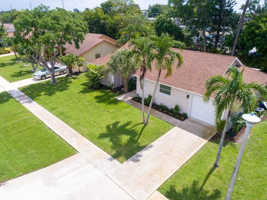 14916 Sunnyview Lane, Delray Beach, FL 33484