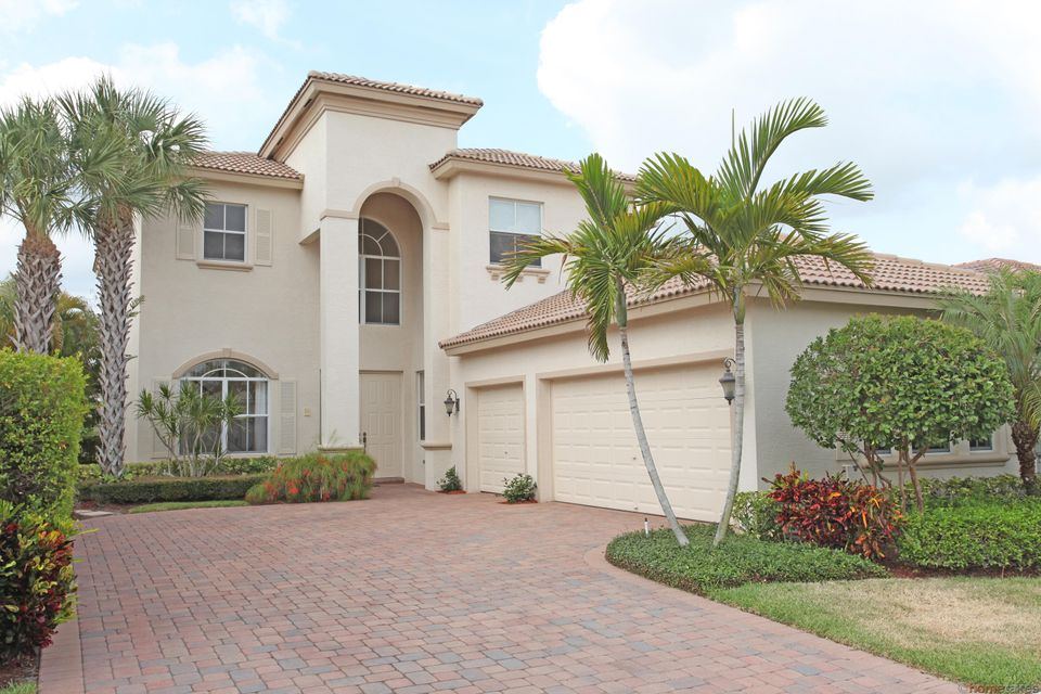 108 Via Condado Way, Palm Beach Gardens, FL 33418