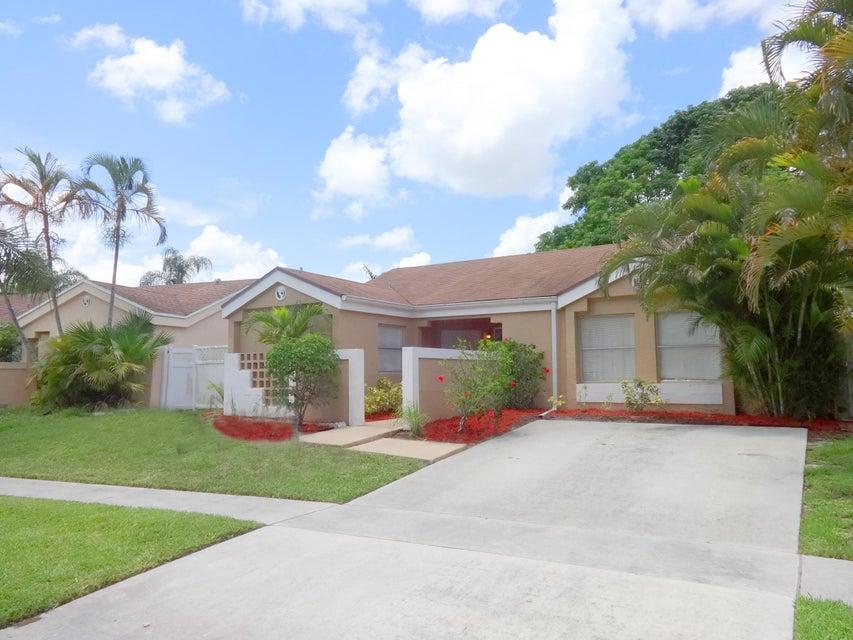 9849 Ridgecreek Road, Boca Raton, FL 33496